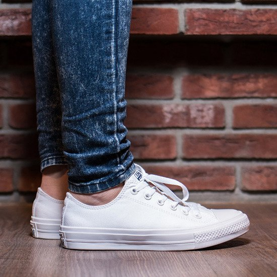 Women's Shoes sneakers Converse Chuck Taylor All Star II OX 150154C